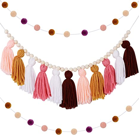 Pink tassels in wool Jacky And Family including provided