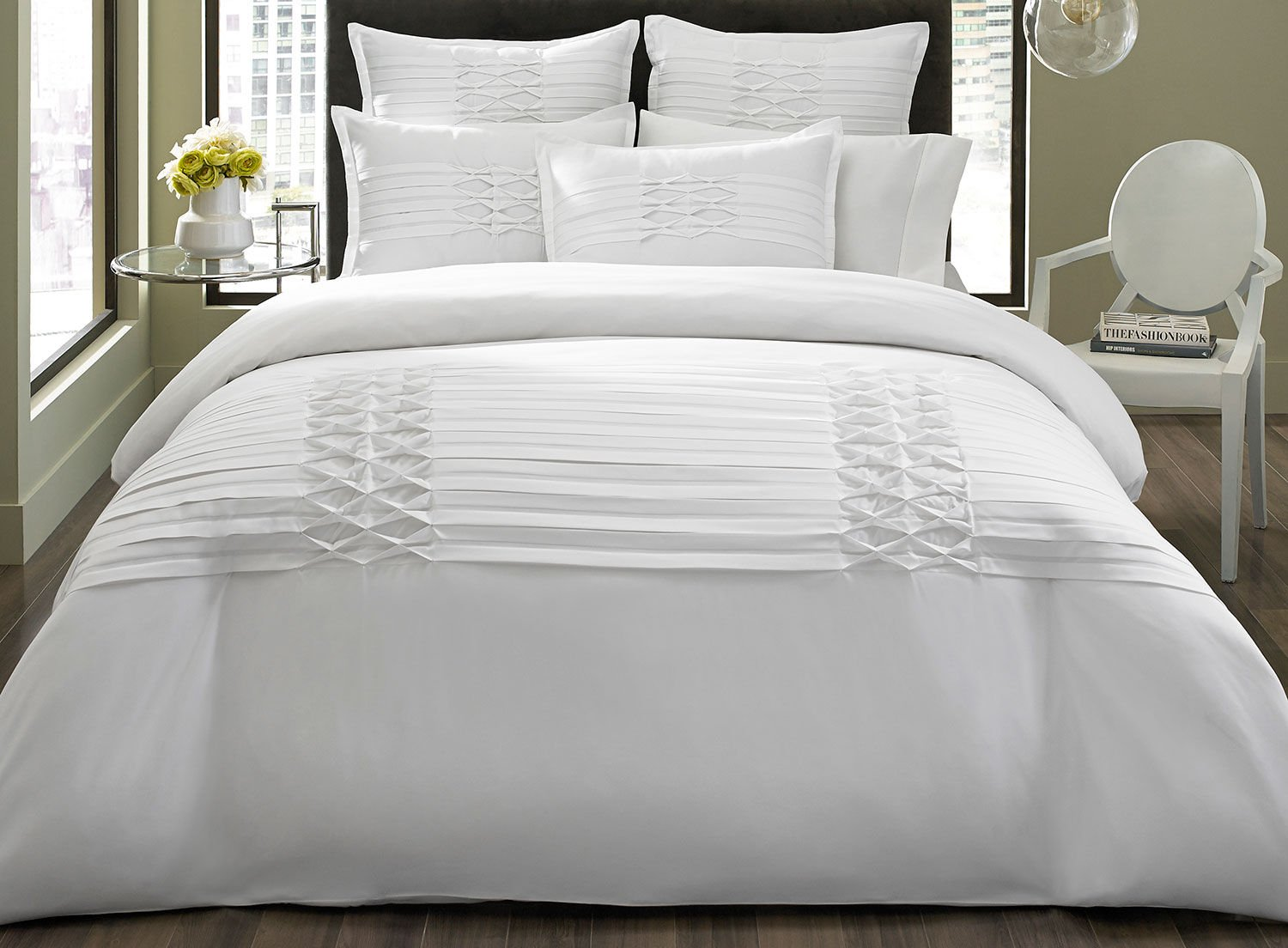City Scene Triple Diamond White Comforter/Sham Set, White, King