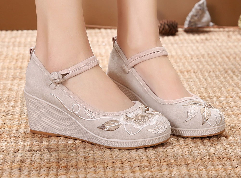 AvaCostume Women's Solid Color Flowers Embroidery Buckle Wedge EU|Beige Sandals B07C4QJTGV 35 M EU|Beige Wedge 368215
