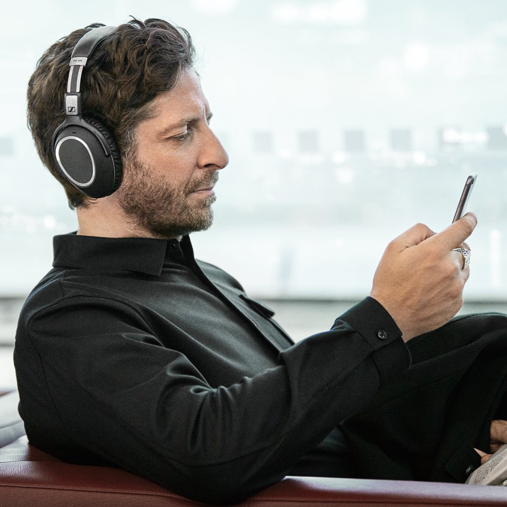 Sennheiser PXC 550 Wireless – NoiseGard Adaptive Noise Cancelling, Bluetooth Headphone with Touch Sensitive Control and 30-Hour Battery Life by Sennheiser (Image #5)