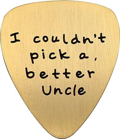 Colgante de acero inoxidable dorado con diseño de púa de guitarra de tío para boda o aniversario, con texto en inglés I Couldnt Pick A Better Uncle: Amazon.es: Instrumentos musicales