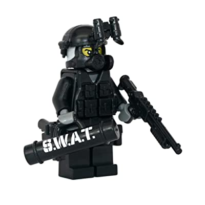 Modern Brick Warfare SWAT Police Officer Breacher Custom Minifigure: Toys & Games