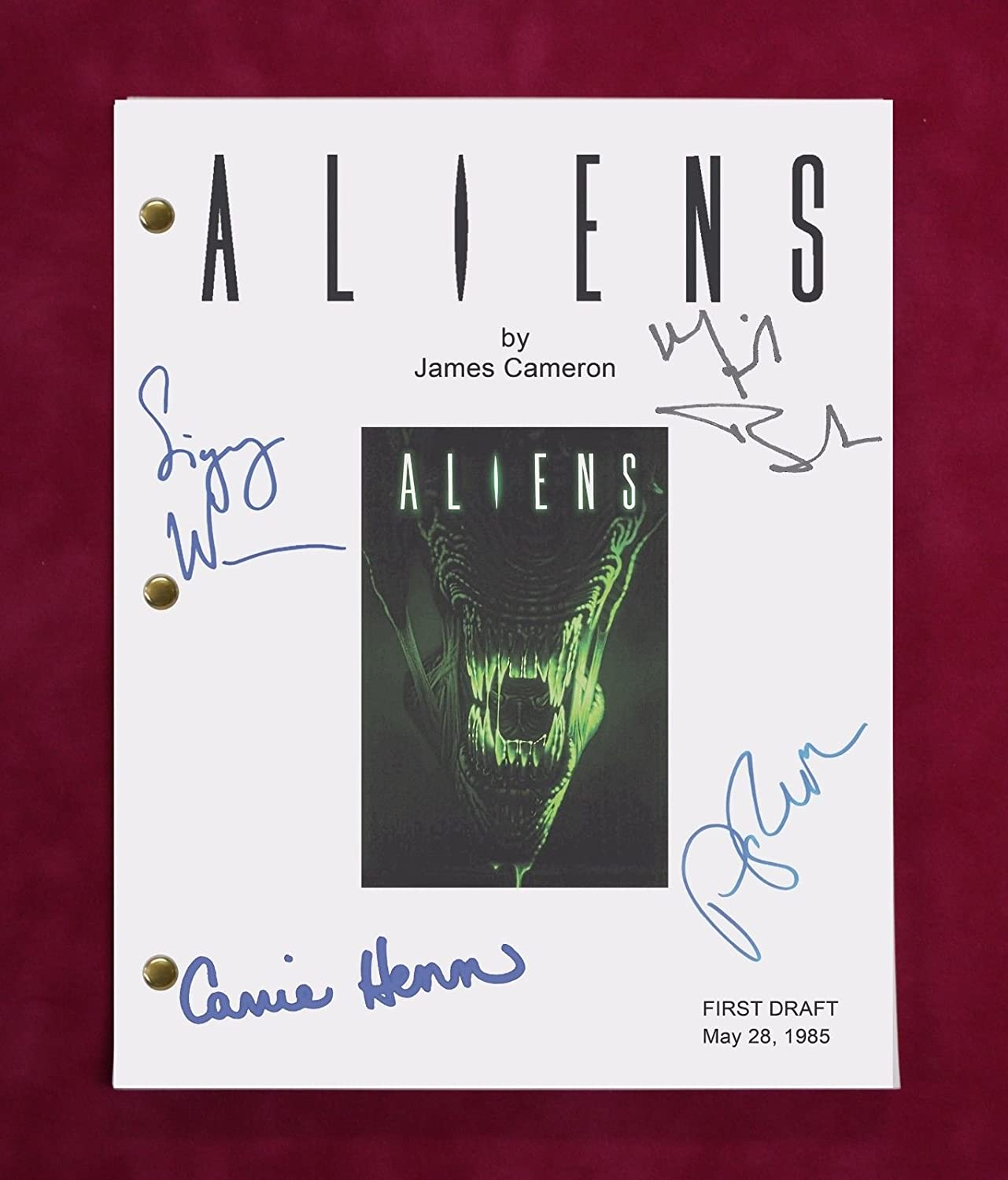 Aliens Movie Script w/Reproduction Signatures Weaver, Biehn, Henn C3