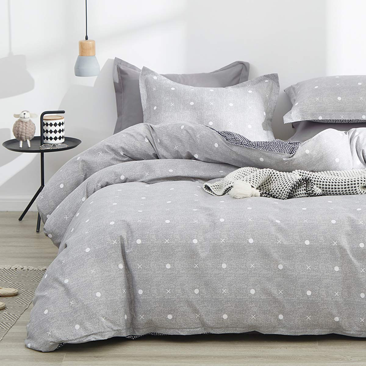 Uozzi Bedding 3 Piece Gray Duvet Cover Set (1 Queen Duvet Cover + 2 Pillow Shams) with Dots & Cross, 800 - TC Luxury Hypoallergenic Soft Spring Soft Comforter Cover with Zipper Closure, 4 Corner Ties