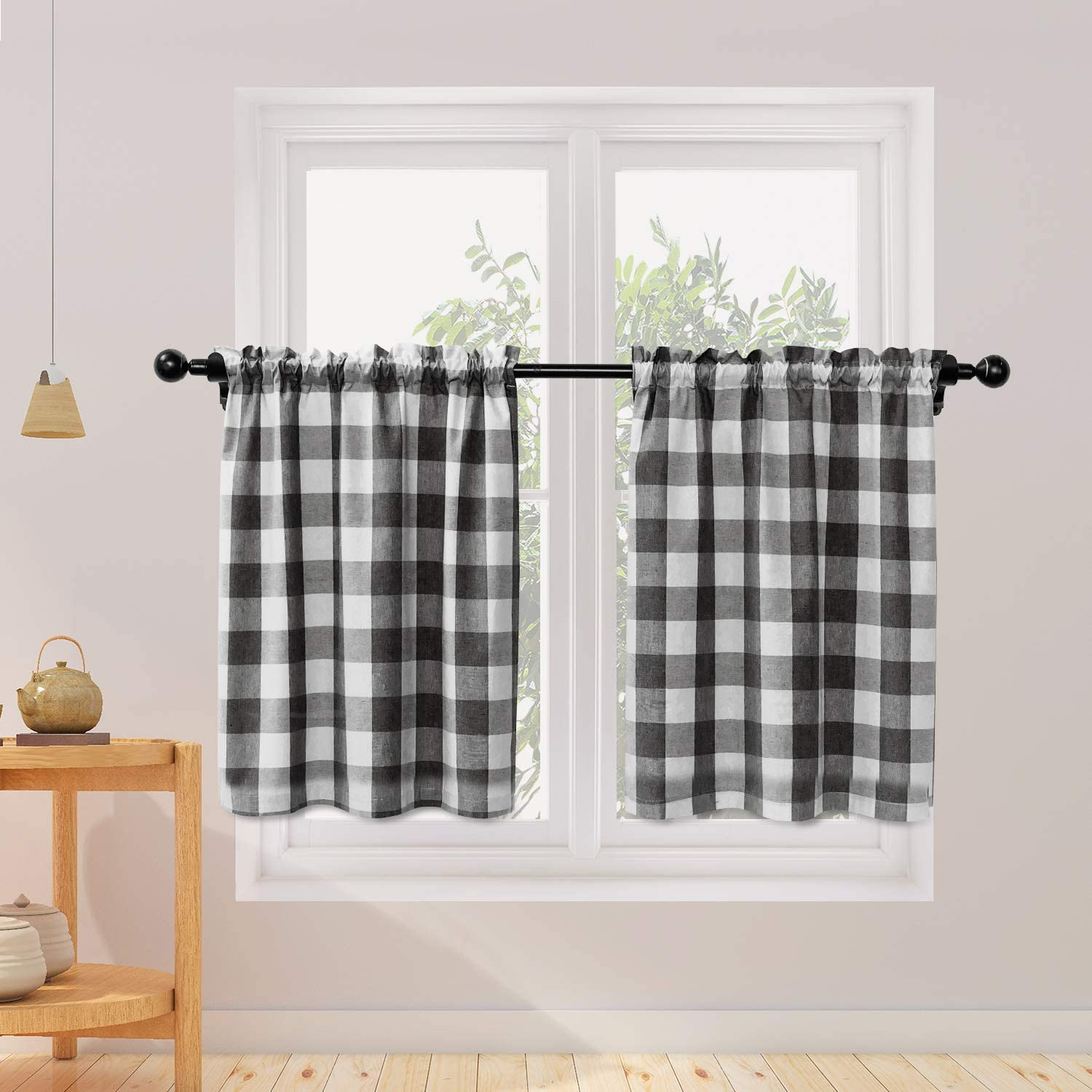 Natus Weaver Buffalo Check Kitchen Tier Curtais 24 Inches Long Plaid Gingham Rod Pocket Classic Cafe Curtains Country Farmhouse Kitchen Half Window Curtains 2 Panels Black White Amazon Co Uk Kitchen Home