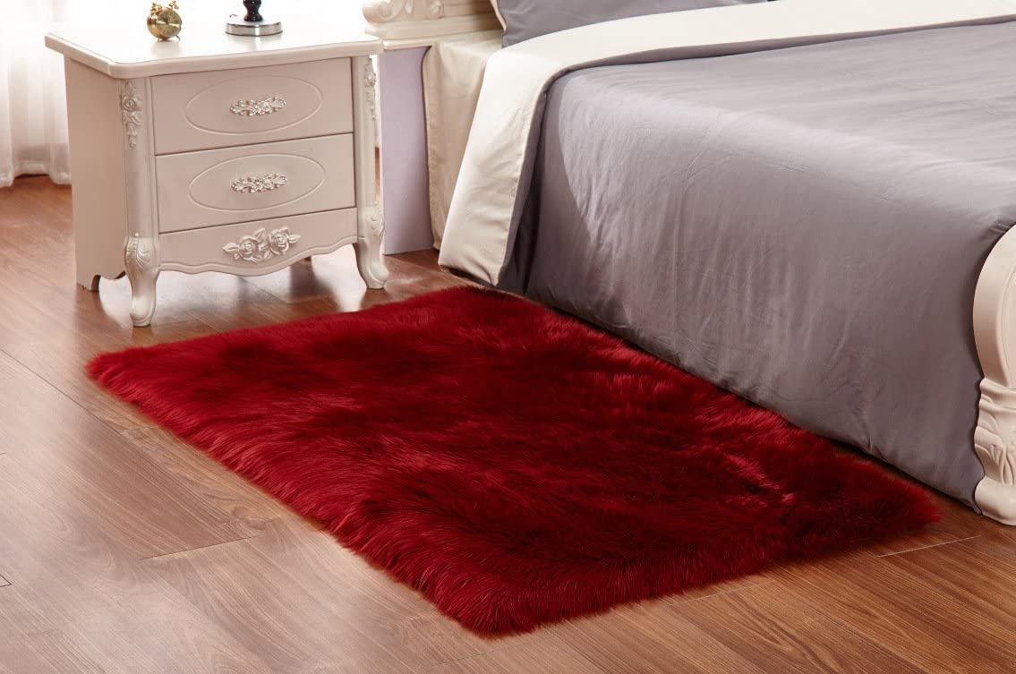 HUAHOO Wine Faux Sheepskin Area Rug Chair Cover Seat Pad Plain Shaggy Area Rugs for Bedroom Sofa Wine Red 5 x 8 Livingroom Rug