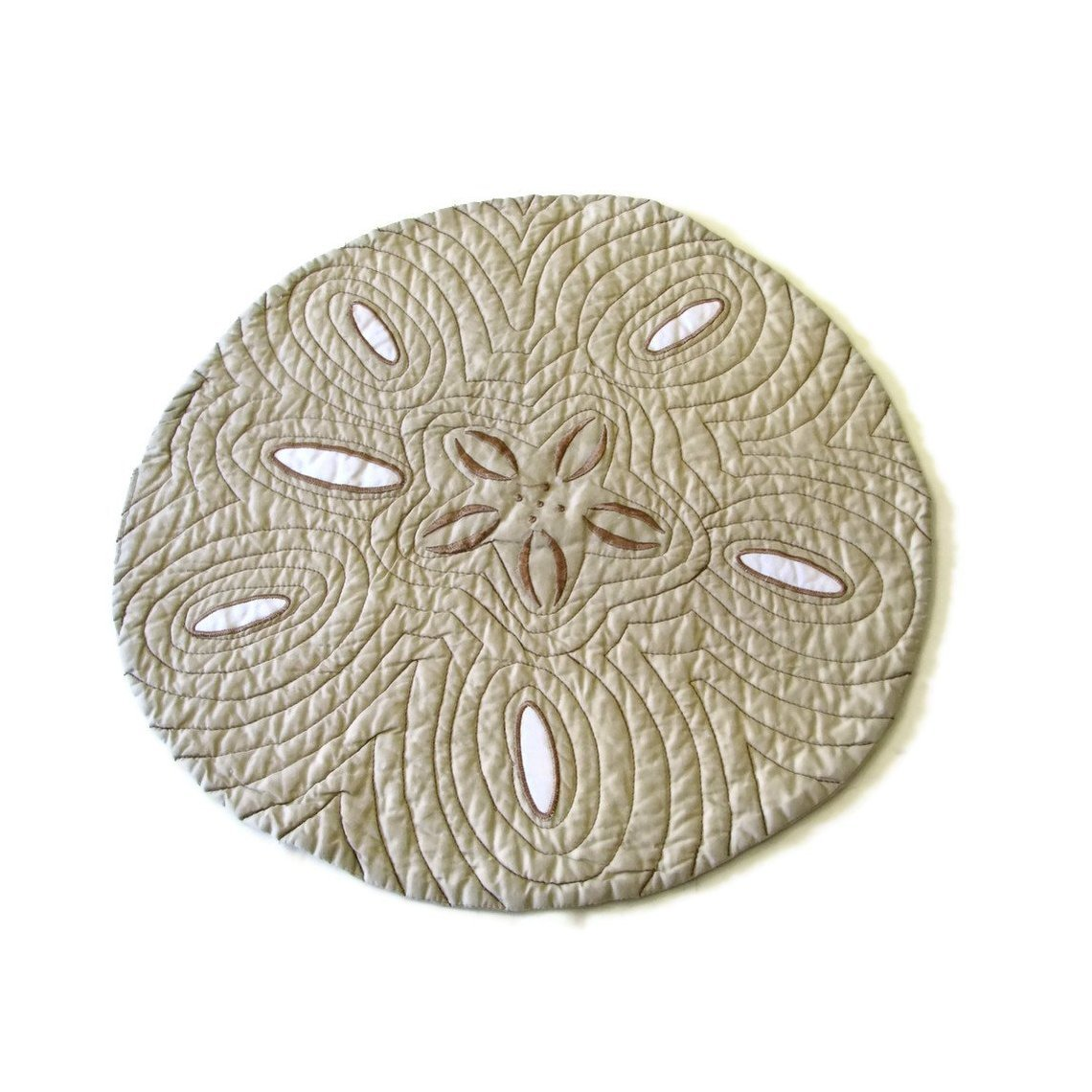 How to make dining table mats at home - Ocean Beach Sand Dollar Reversible Placemats Set Of 4