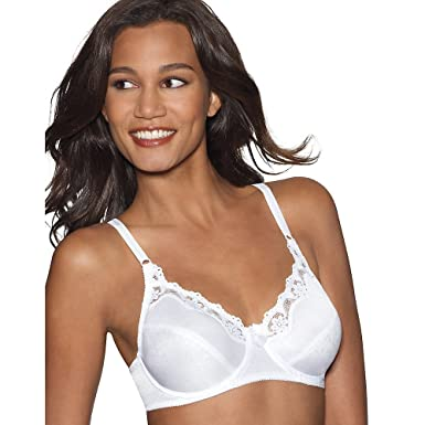 8bcaf1ad60549 Hanes Women s Lace Trim Underwire Bra (Pack of 2) at Amazon Women s Clothing  store
