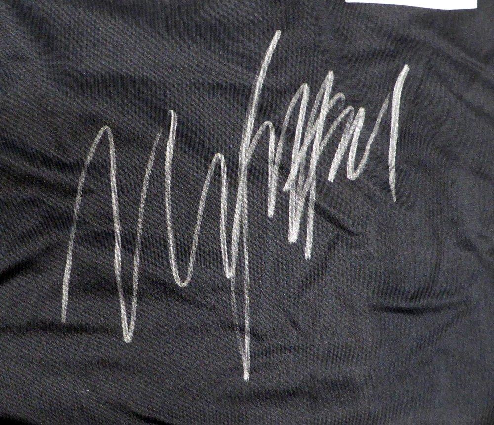 OAKLAND RAIDERS MARSHAWN LYNCH AUTOGRAPHED BLACK NIKE JERSEY SIZE XL ML HOLO STOCK #131229