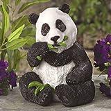 Panda Pends Statue