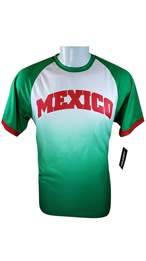 1dcb4ffc00cf1 Amazon.com : Iconsports Mexico Soccer World Cup Adult Soccer ...