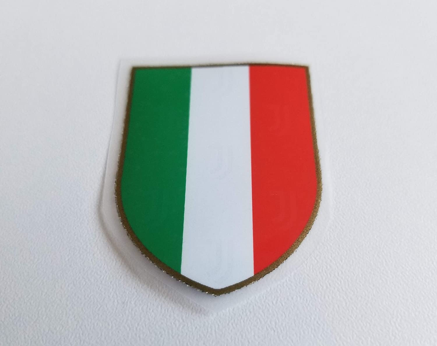 amazon com serie a ronaldo patch badge logo patch scudetto shield tricolour juve 2020 2019 2019 20 j survey clothing serie a ronaldo patch badge logo patch scudetto shield tricolour juve 2020 2019 2019 20 j survey