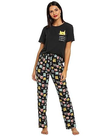 DIDK Women s Kitty Cat Print Tee and Polka Dot Pants Pajama Set at ... 55d483c9d