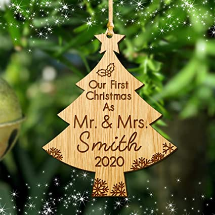 Christmas Bauble Personalised Married Tree Decoration Ornament Gifts Mr /& Mrs