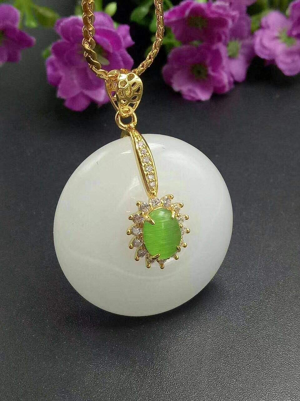 Natural Jadeite Jade Gem Lucky Vase Shape Pendant Jewelry