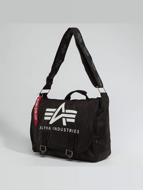 a9e088c8a3 Alpha Industries Big A Oxford Courier Tasche  Amazon.de  Koffer ...