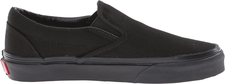 Vans Womens Classic Slip-On Core Classics Canvas Low Top Slip On Fashion Snea. Black (Black)
