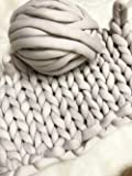 Super Chunky Vegan Yarn, Acrylic Bulky Thick Roving Washable Softee Chunky Yarn for Arm Knitting DIY Handmade Blankets (Grey, 20m)