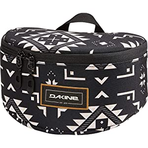 84f38bda944 Amazon.com : Dakine Goggle Stash (Black) : Sports & Outdoors