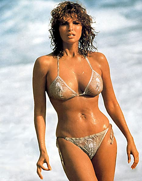 Amazon.com: Raquel Welch Poster Art Photo Hollywood Legends Posters Artwork  16x20: Everything Else