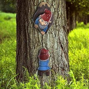 Climbing Gnomes Tree Hugger Decor-Gnomes Garden Tree Sculpture-Outdoor Whimsical Tree Statue-Garden Yard Art Decoration Ornaments