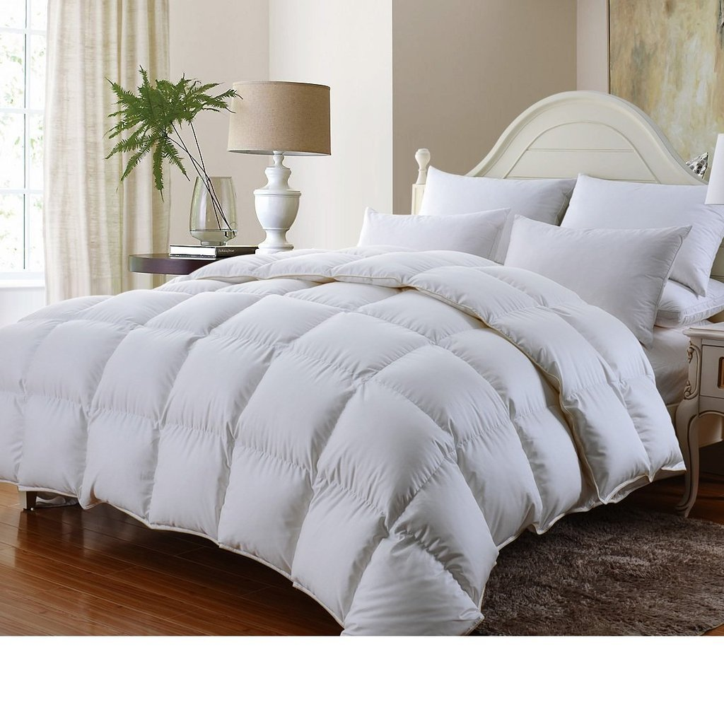 LUXURIOUS BAMBOO Down Alternative Comforter