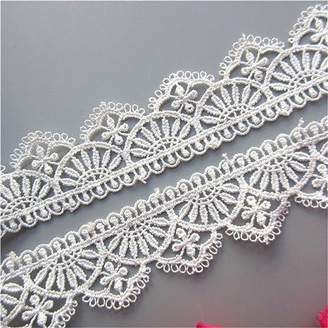 Amazoncom 2 Yard White Polyester Crochet Lace Trim Scalloped