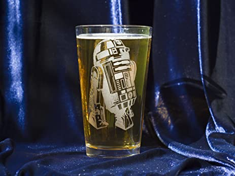 Lovely R2 D2 Star Wars Collectible Pint Glass   Heat Treated Engraved Barware