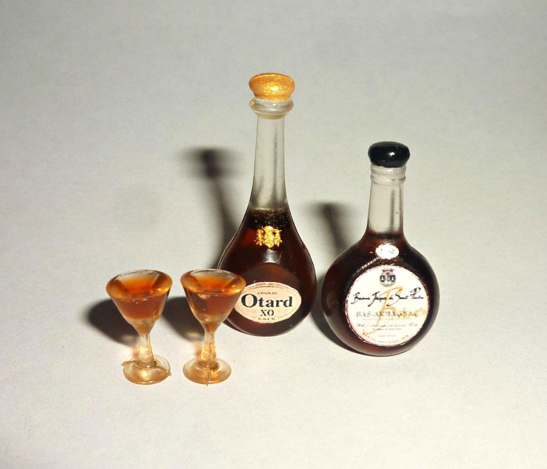 Set with glasses of Cognac and Brandy bottles with alcohol cognac bottle set Dollhouse miniature 1:12