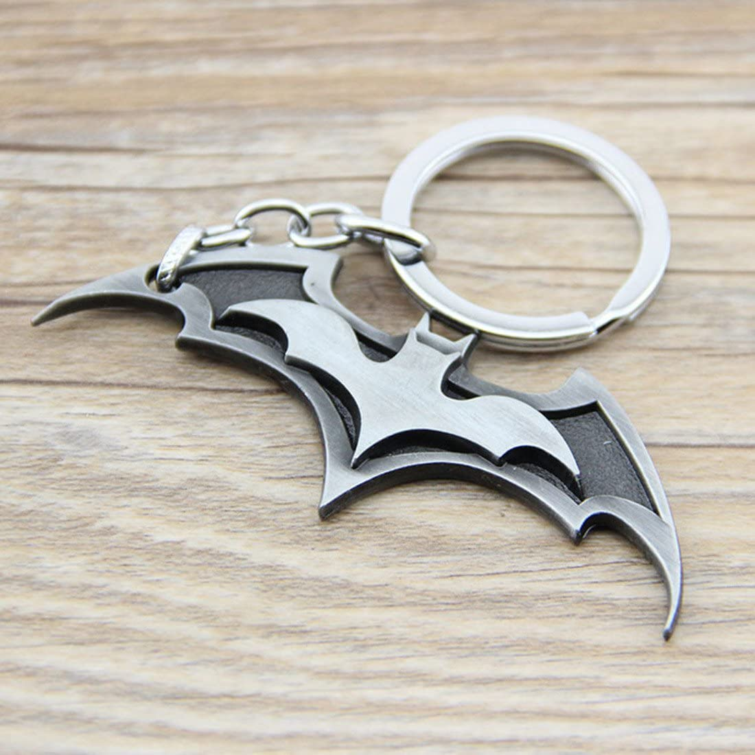 Cool Bat Symbol Key Chain Zinc Alloy Keychain Bat Shape Metal Key Ring Tag for Your Autos, Home or Boat (Silver)