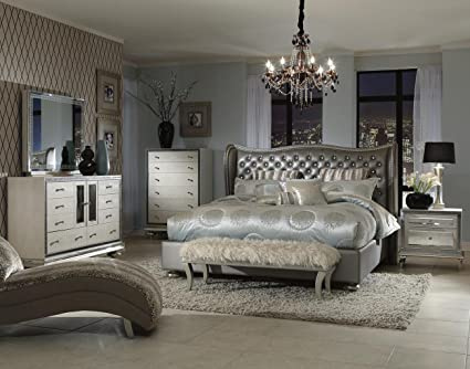 Modern Hollywood Bedroom Set Design
