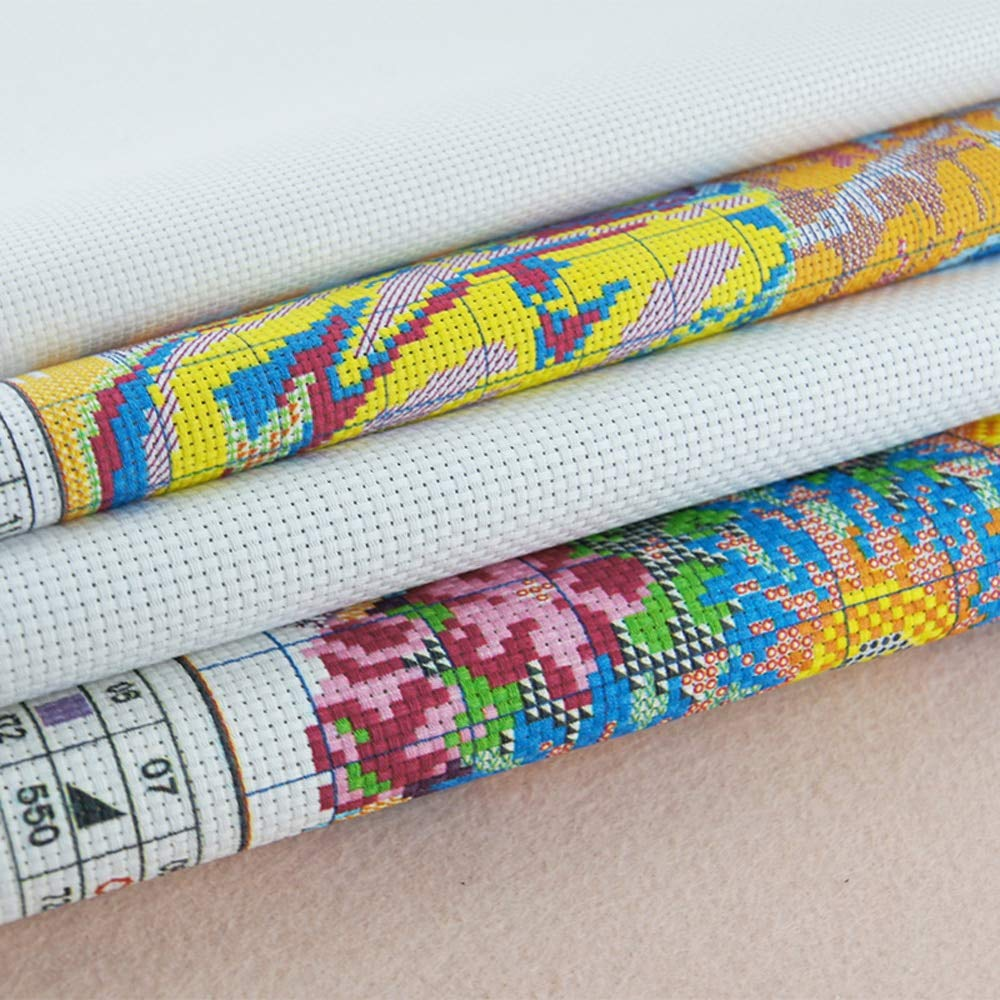 Cross Stitch Fabric CT Number: 14CT Stamped Product Zamtac DA169 14CT 11CT Counted and Stamped Home Decor Smiling Shiba Inu Needlework Needlepoint Cross Stitch Kits