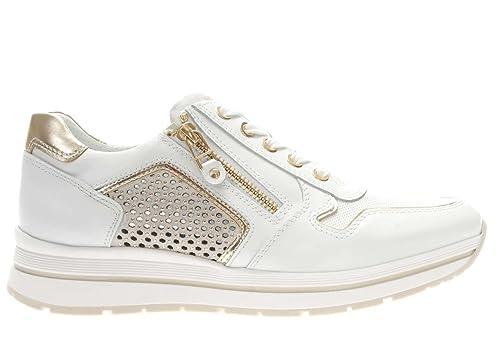 Nero Giardini Sneaker in Pelle con Borchiette Donna  Amazon.it  Scarpe e  borse bfc89f654c2