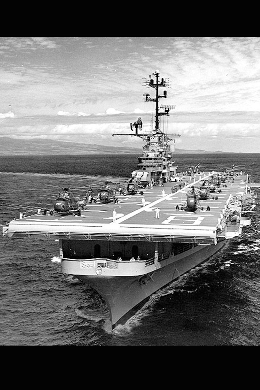 Read Online USS Valley Forge (LPH-8) US Navy Aircraft Carrier Journal: Take Notes, Write Down Memories in this 150 Page Lined Journal ebook