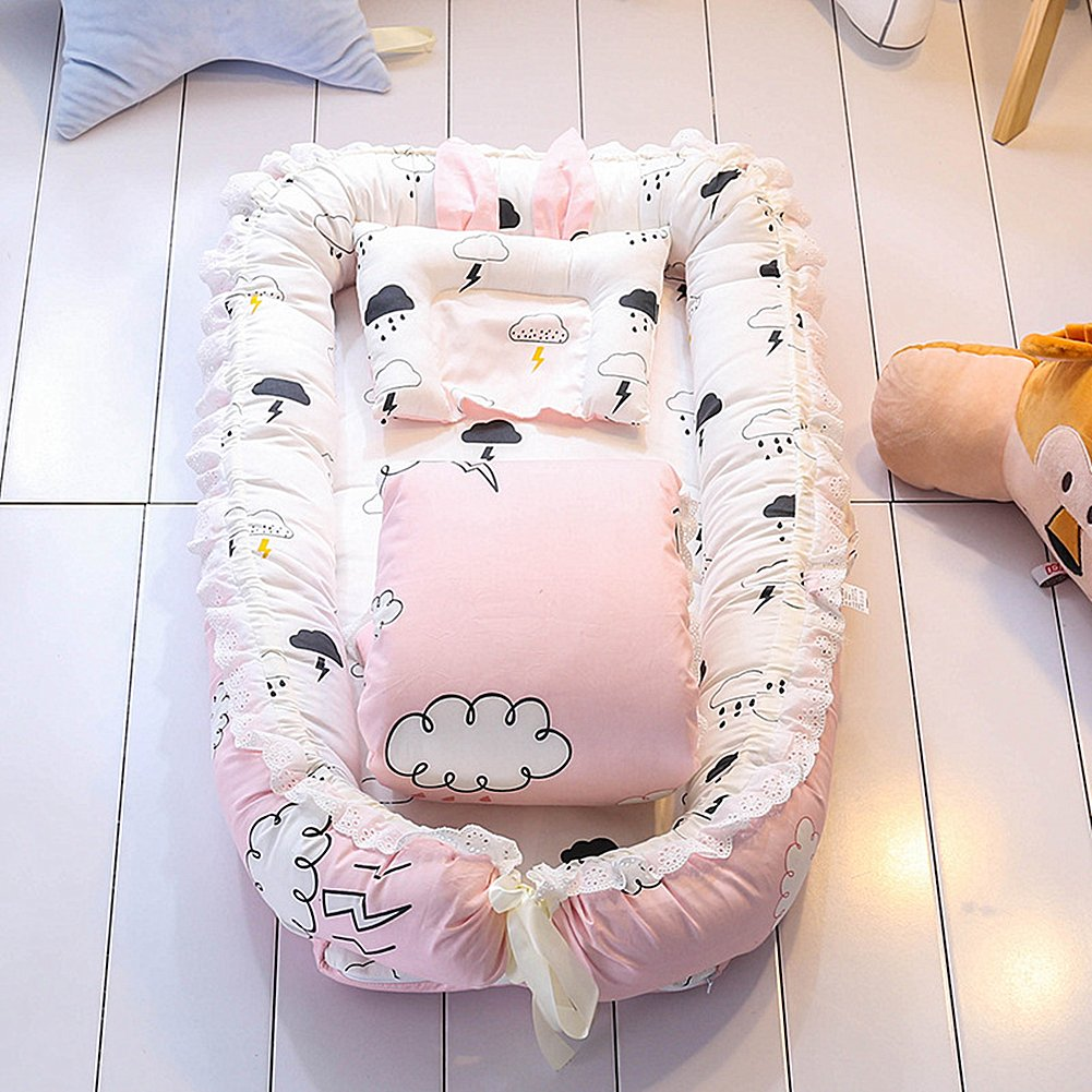Ukeler Reversible Baby Nest/Bassinet/Lounger for Bed with Baby Quilt- 100% Cotton Portable Crib for Bedroom/Travel - Breathable & Hypoallergenic Co-Sleeping Baby Bed, Suitable for 0-24 Month