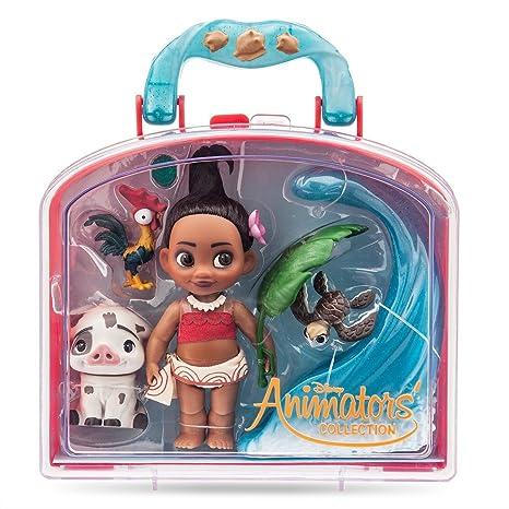 de6be1013d2 Amazon.com  Disney Animators  Collection Moana Mini Doll Play Set - 5 Inch   Toys   Games