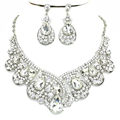 e5c0b3069fc6 Amazon.com  Women s Chunky Clear Crystal Statement Silver Chain Necklace  Earrings Set Prom Bridal Pageant Jewelry  Jewelry