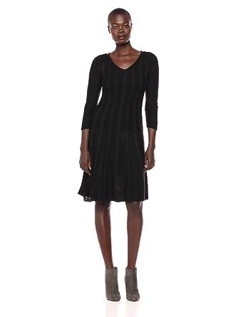 91a9e90d3da Nine West Women s V-Neck Fit   Flare Cable Knit Dress at Amazon ...