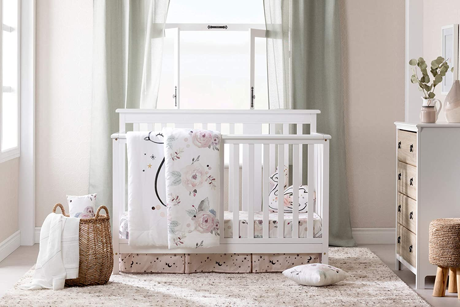 baby-bedding-set-with-swan-floral-design