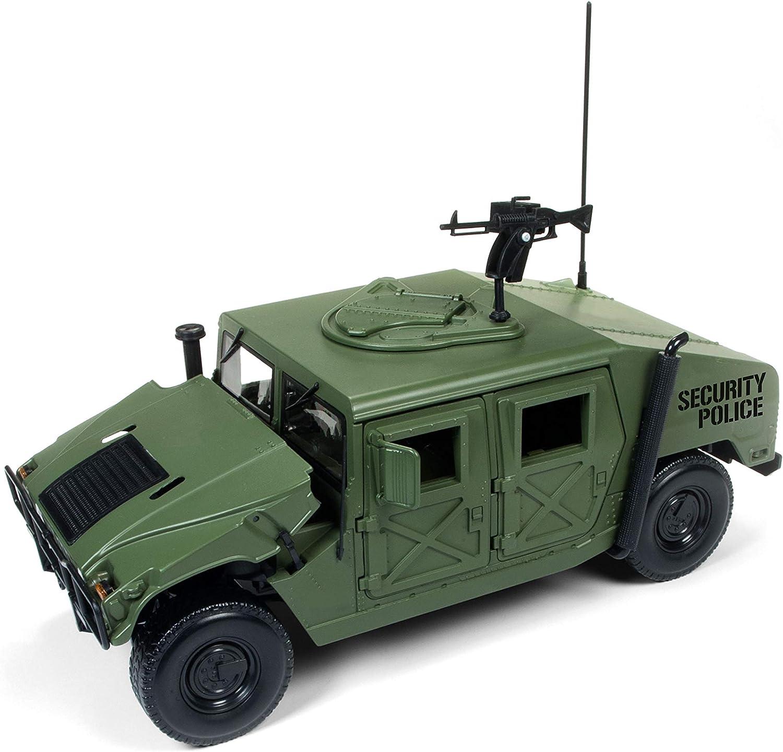 HMMWV Humvee Military Police R-2 1:18 Scale Auto World AWML003