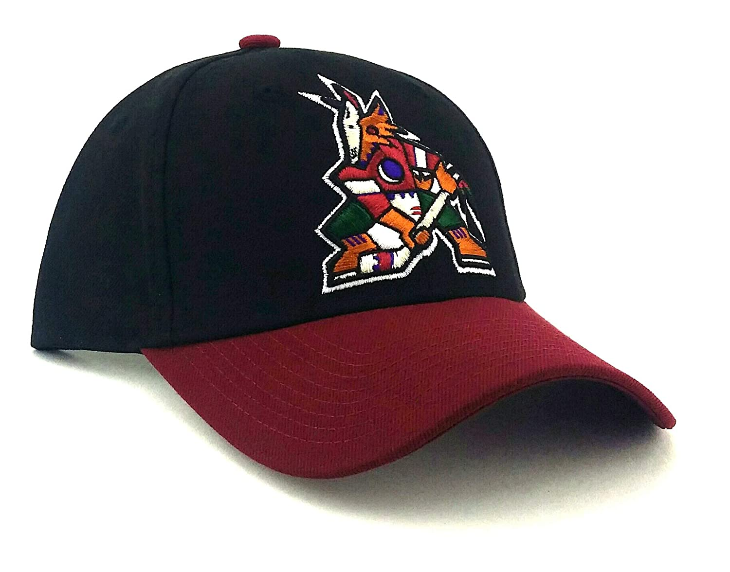 e8b8ca5b405 Amazon.com   Reebok Arizona Coyotes New Phoenix Vintage Original Coyote  Logo Black Red Era Hat Cap   Sports   Outdoors