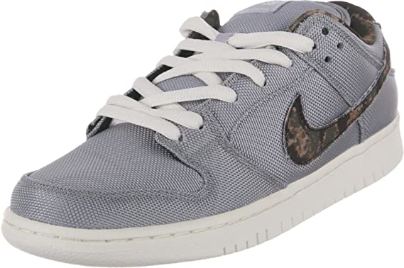 efd4b899ba65 Amazon.com  Dunk Low Pro SB  DIGI CAMO  - 304292-054 - Size 5  Shoes