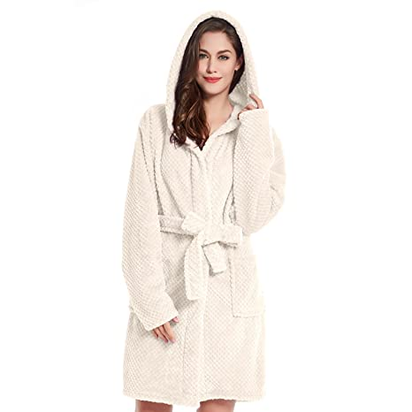 DecoKing Albornoz XL Corto Mujer Hombre Unisex Capucha Bata Microfibra Suave Agradable Ligero Fleece Crema Sleepyhead