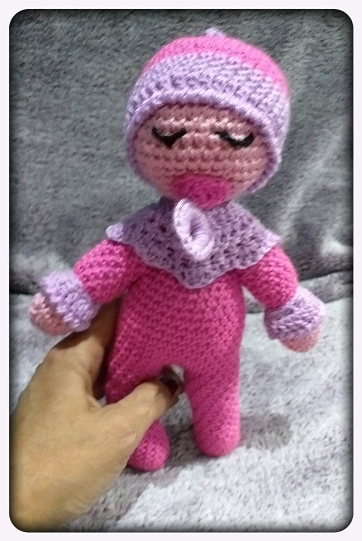 Peluche dormilón rosa, con chupete, de ganchillo-crochet. Hecho a ...