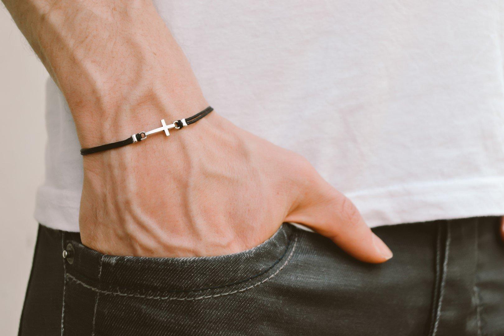 Cross bracelet for men, groomsmen gift, men's bracelet with a silver cross pendant, black cord, gift for him, christian catholic jewelry
