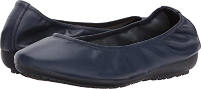 Me Too Women's Janell Navy Sheep Nappa 6 ...