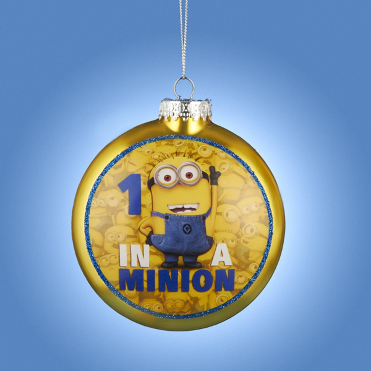 amazoncom 325 yellow and blue despicable me 1 in a minion glass disc christmas ornament home kitchen - Minion Christmas Ornament