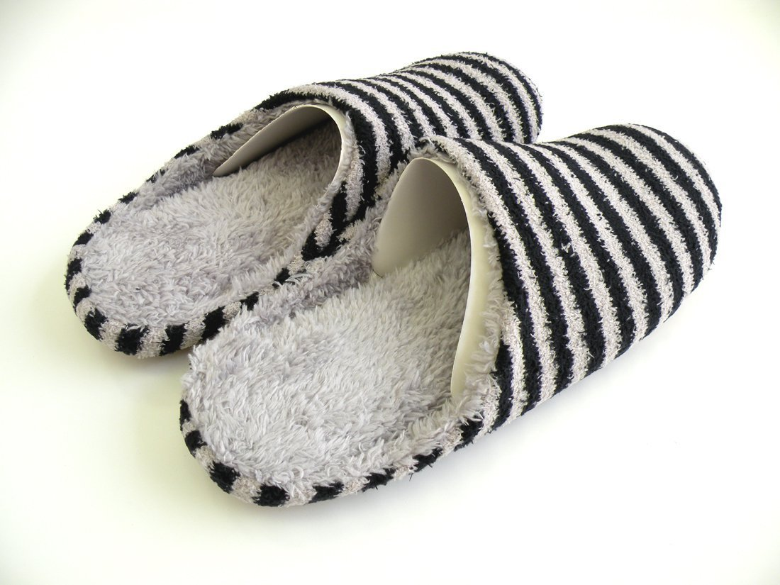 Japanese Men & Women Top Quality Natural Cotton-Blend Indoor Slipper. Soft,Warm and Comfortable. Classic Slip-On Style Scuff Offers Casual Simplicity to Home Relaxation.