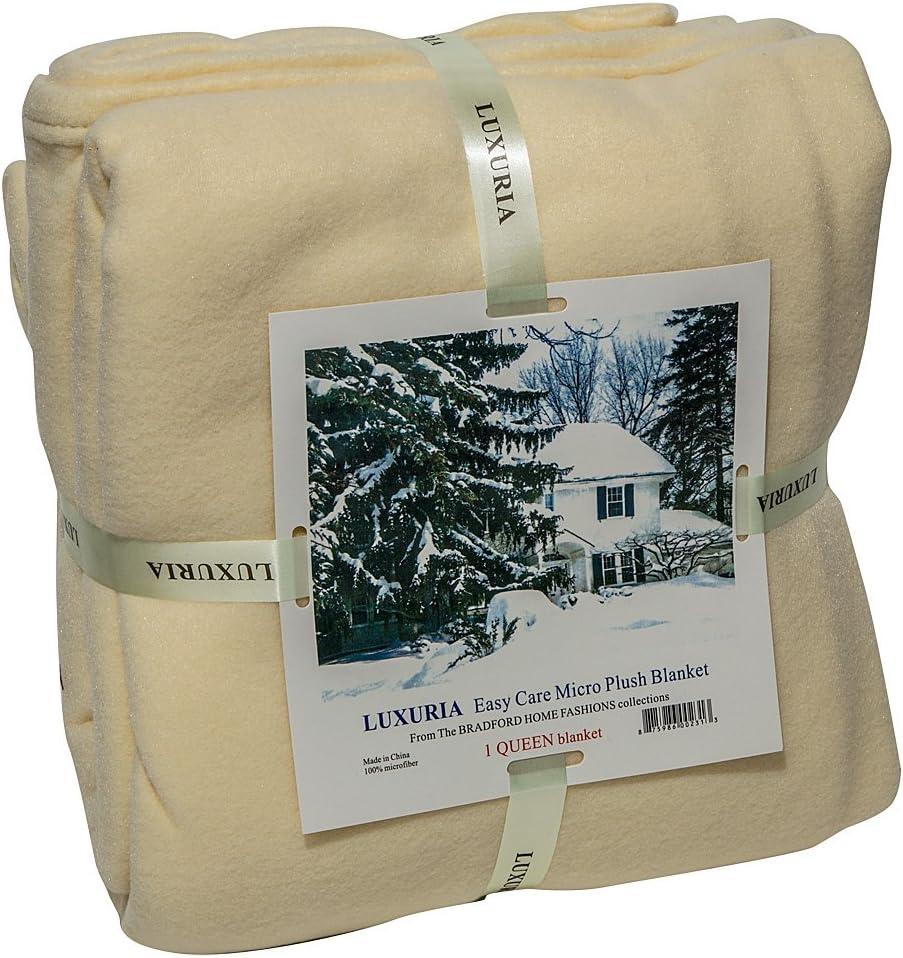 9. Italian Collection LUXURIA Microplush Blanket