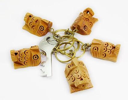 Un conjunto de 5 de madera tallada a mano búho llavero ...